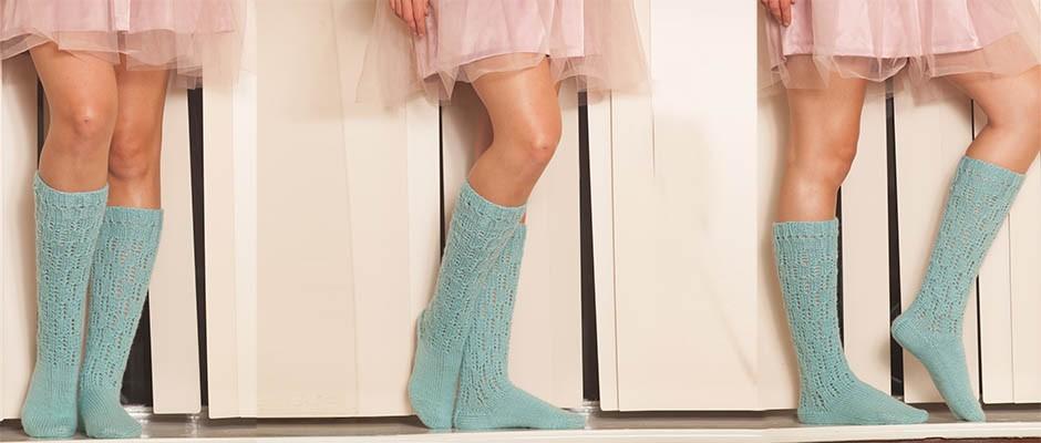 Kendinden Desenli El Örgüsü Diz altı  Çorap