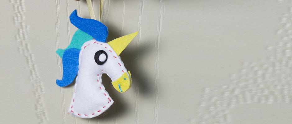 Keçe Kumaş ile Unicorn Kapı Süsü Yapımı