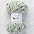 La Mia Bla Bla Fluffy Blanket Yarn, Light Green - LB009