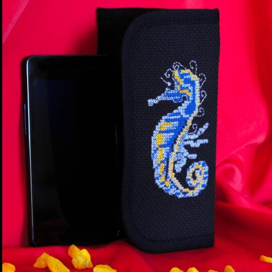 Duftin 9x16 cm Denizatı Desenli Akıllı Telefon Kılıfı Etamin Kiti