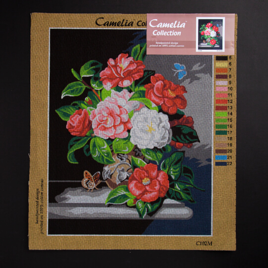 ORCHİDEA 40 x 50 cm Vaodaki Çiçekler ve Kelebek Baskılı Goblen C102M