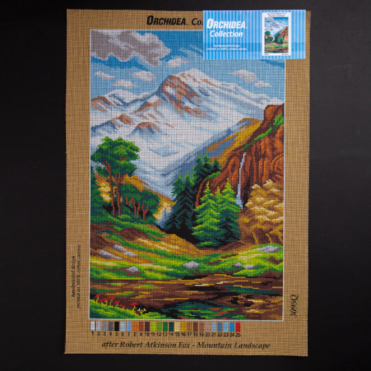 ORCHİDEA 40 x 60 cm Sonbaharda Dağ Baskılı Goblen 3095Q