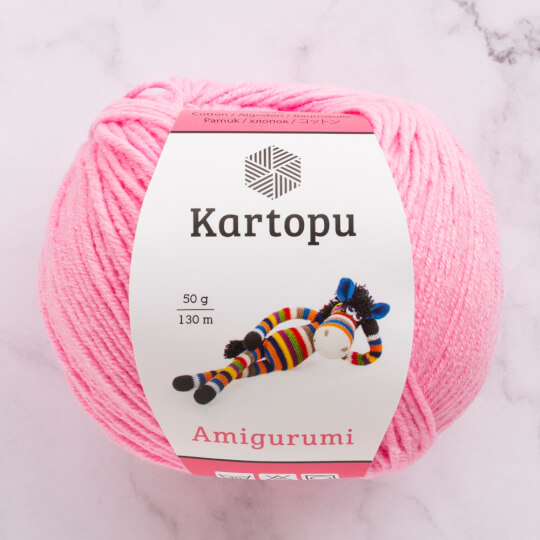 Gentleman pig amigurumi pattern | Amiguroom Toys | 540x540